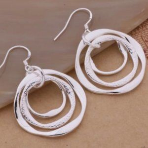 Jewelry - Silver Circle Earrings, New!